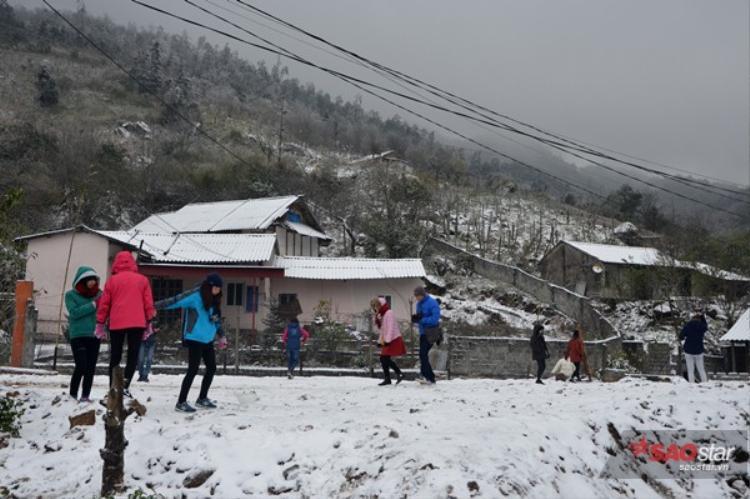 Tuyết rơi ở Sapa là điều mà rất nhiều khách du lịch trông đợi.