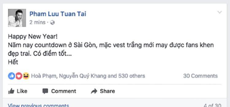 Isaac khoe năm nay mặc vest trắng đi hát countdown ở TP HCM được fan khen đẹp trai.