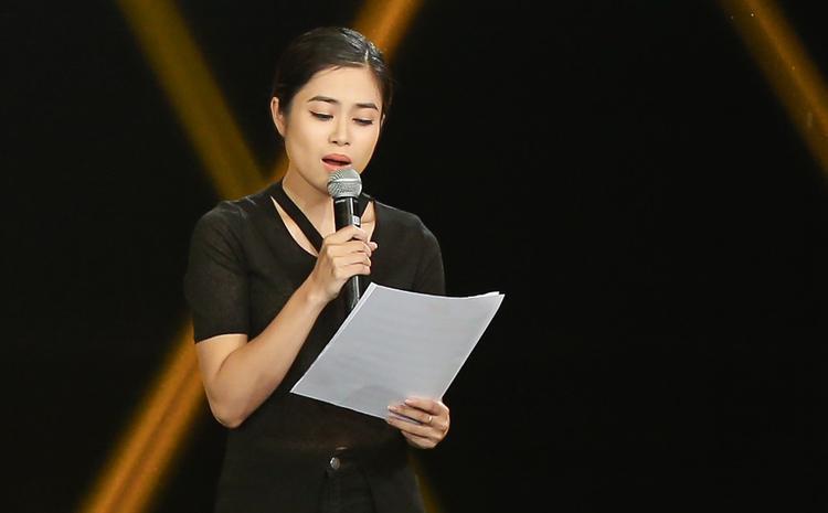 Hoàng Hồng Ngọc khẳng định Thế Lân không đạo nhạc, đồng thời cho rằng cô rất nể phục đàn em.