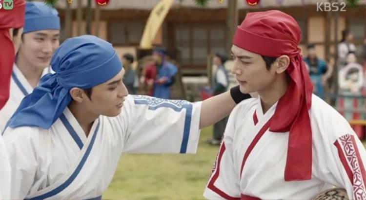 Phim về trai đẹp cổ trang Hwarang: Các cặp đôi nam  nam đã dần hình thành!