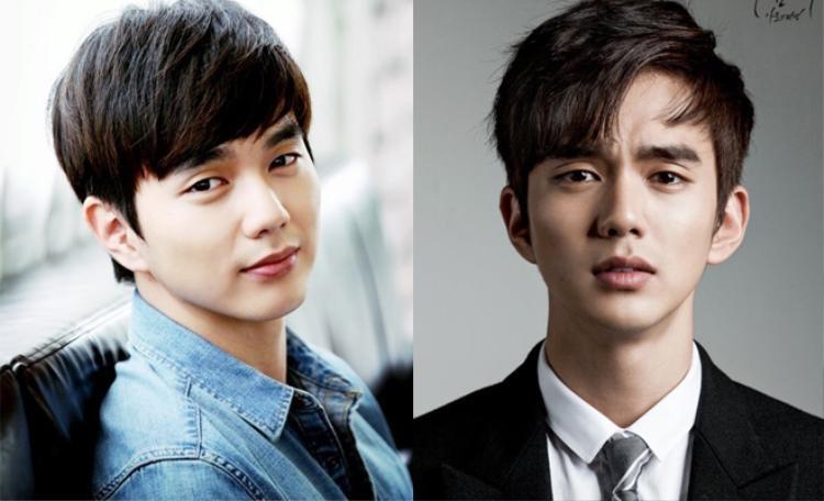 Nếu với kiểu tóc mái xéo phủ kín trán, Yoo Seung Ho không khoe được hết gương mặt điển trai thì kiểu tóc rẽ ngôi lệch lại ngược lại. Trông nam diễn viên nam tính và lôi cuốn hơn hẳn