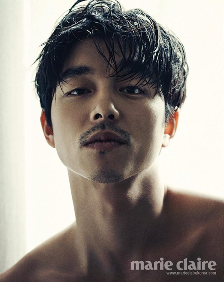 Gong Yoo nam tính, hút mắt với vẻ phong trần.