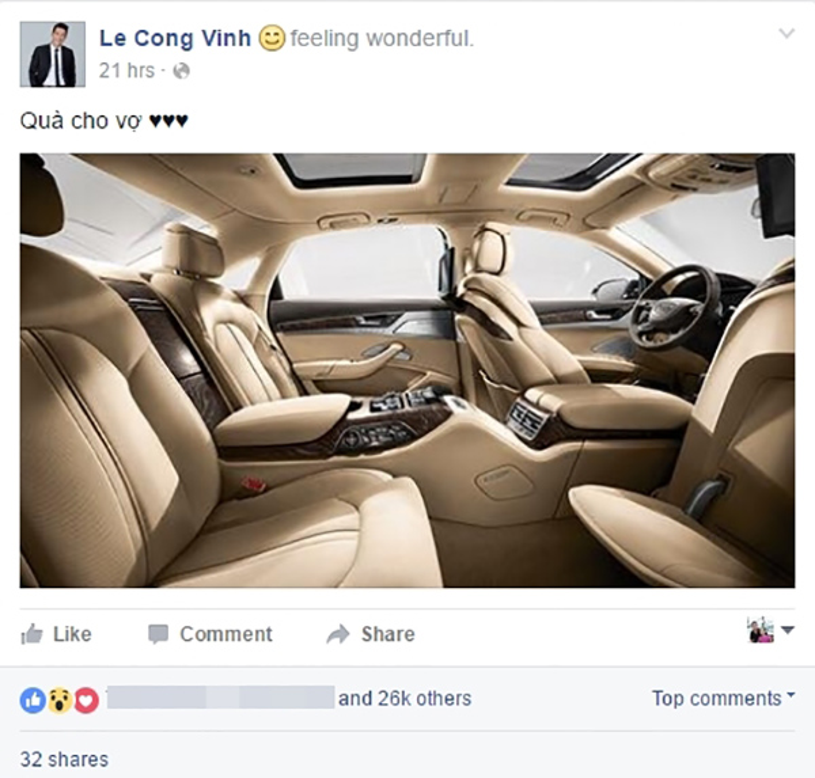Chưa dừng lại ở đó, tháng 4/2016, anh còn bất ngờ mua chiếc xe ô tô sang trọng 5 tỷ đồng cho vợ.