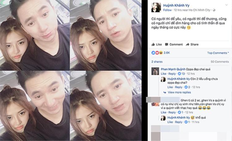 """Cùng thời điểm đó, trên Facebook cá nhân, bạn gái Phan Mạnh Quỳnh cũng đăng tải bức ảnh thân mật bên người yêu với dòng chú thích ngọt ngào: """"Có người thì để yêu, có người thì để thương, cũng có người chỉ để dìm hàng cho có tinh thần đi qua ngày tháng cơ cực này…""""."""