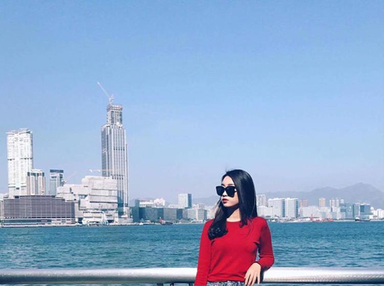 Hai người đẹp Hoa hậu Việt Nam vừa có chuyến du lịch ở Hồng Kông.