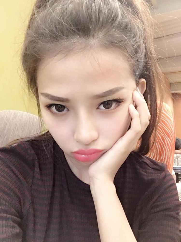 Bạn gái ca sĩ Phan Mạnh Quỳnh ngày càng xinh đẹp và nóng bỏng