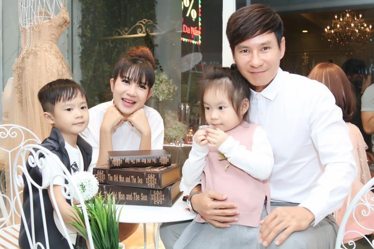 Gia đình Lý Hải - Minh Hà.