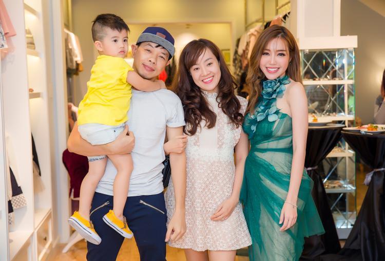 Gia đình Thái Hòa.