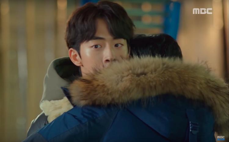 Fan Bok Joo nên cẩn thận với chàng trai này, vì anh ấy sẽ cướp Joon Hyung mất thôi!