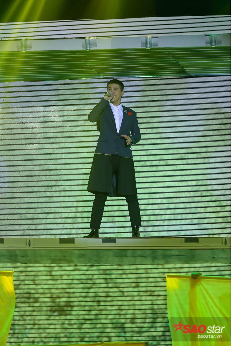 Mai Tiến Dũng mượn hit Hà Hồ làm nổ tung sân khấu Remix New Generation ngay đêm mở màn
