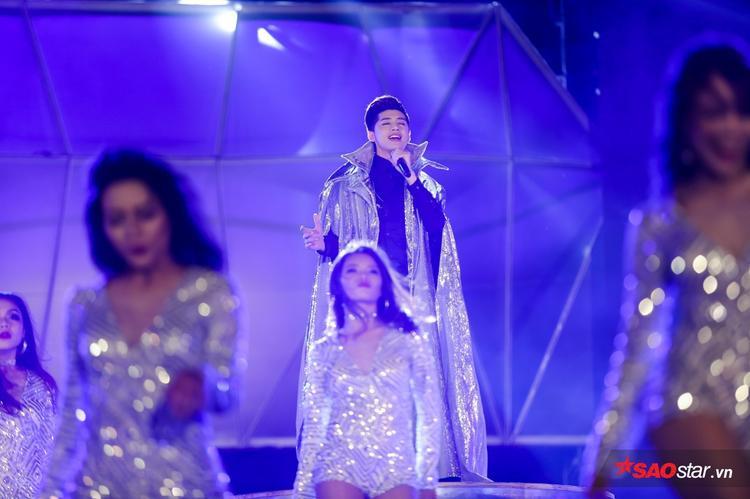 Noo Phước Thịnh lần đầu trình diễn ca khúc mới toanh: Xuân hạ thu đông.