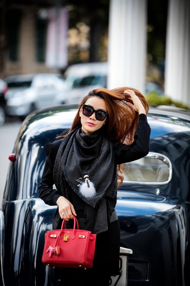 Sang chảnh như một quý cô thành thị cũng là gợi ý thú vị mà bất kỳ cô nàng nào cũng có thể thử qua.