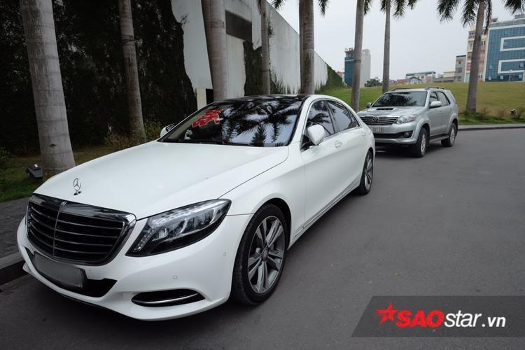 Chiếc xe Mercedes trị giá không dưới 5 tỷ đồng.