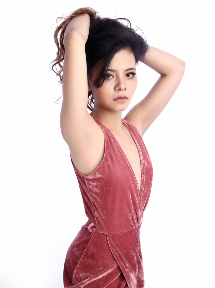 Tia Hải Châu lột xác ấn tượng trong sản phẩm gây sốt tại Sing My Song Bài hát hay nhất