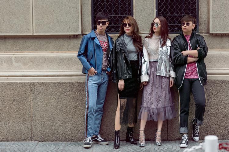 """Yến Trang và các thành viên trong đội bao gồm producer Kewt Hew, DJ Paranoid và biên đạo Lan Nhi vừa thực hiện bộ ảnh street style """"chất lừ"""" và đẹp mắt trên đường phố Sài Gòn."""
