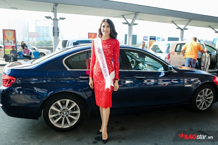 Phạm Hương rạng rỡ tiễn Lệ Hằng lên đường tham dự Miss Universe