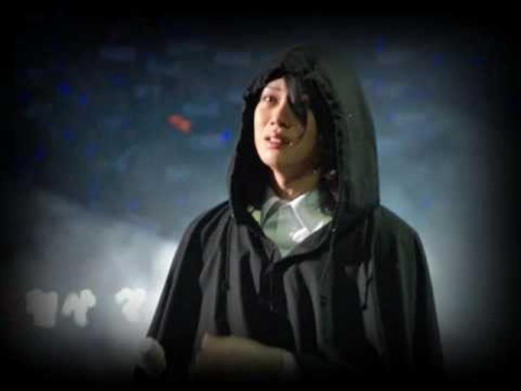 """Thời điểm thành viên Hankyung rời nhóm là khoảng thời gian đen tối đối với Heechul. Anh từng chia sẻ trong tuyệt vọng: """"Chúng tôi không cần bạn hát hay nhảy, nhưng nếu không còn bạn thì Super Junior không còn nữa rồi""""."""