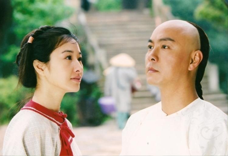 Xuất thân là một ngôi sao hài có tiếng, cùng với lối diễn xuất ấn tượng ở những bộ phim trước đó, Trương Vệ Kiện đã khiến Đới Xuân Dần trở nên khó quên với khán giả.