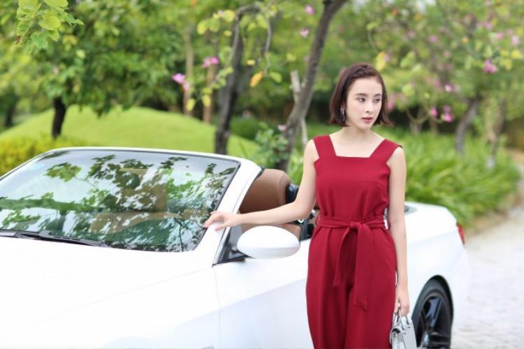 Angela Phương Trinh tham gia tới 3 phim điện ảnh trong năm 2016 - một con số vô cùng ấn tượng.