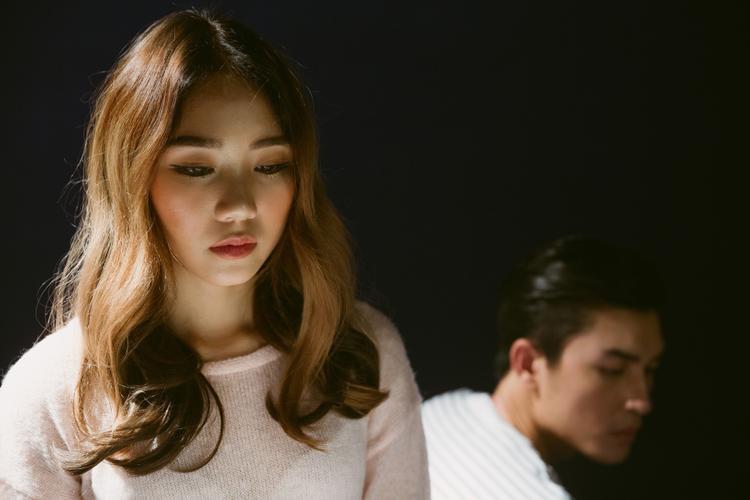 Trang Thiên xinh đẹp trong vai nữ chính.