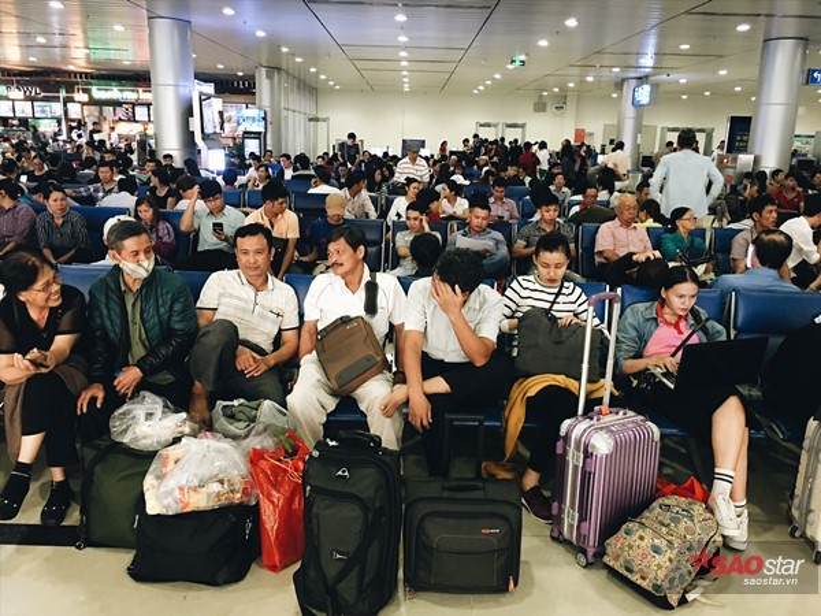 Những ngày này, các sân bay lớn luôn trong tình trạng quá tải.