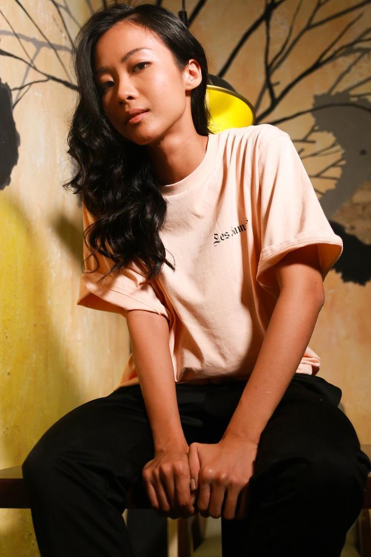 Vừa qua, cô cũng cho ra mắt MV mới mang tên Tâm điểm ánh nhìn do chính Suboi sáng tác và trình diễn cùng nữ ca sĩ Tóc Tiên. Đặc biệt hợp tác cùng nhà sản xuất, DJ top 10 thế giới và từng đoạt giải Grammy - Afrojack.