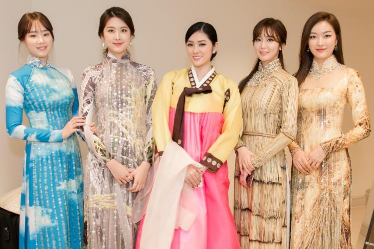 Người đẹp Việt tự tin đọ sắc cùng 4 Miss Korea 2016.