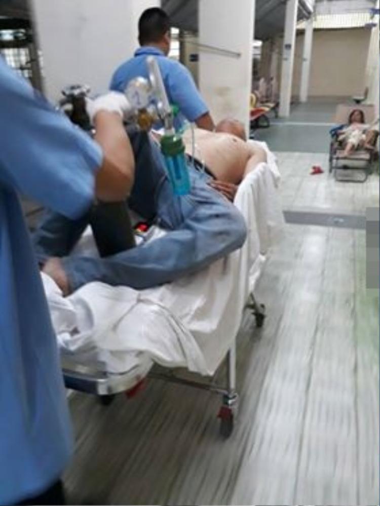 Đã được đưa đi cấp cứu kịp thời tại bệnh viện.