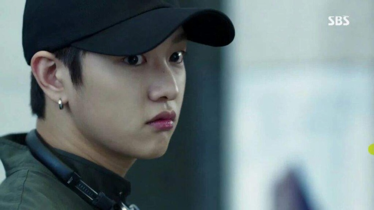 Nhìn này: Trong phim Hàn, trai không chỉ đẹp, mà còn là thiên tài!