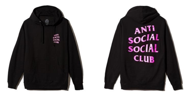 Tương tự như vậy ta có thể thấy hình thức kinh doanh của Anti Social Social Club giống với Supremekhi những item củahọ đều được bán ngay khi vừa mới ra lò.
