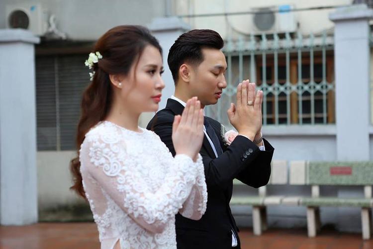 Đám cưới của Thành Trung sẽ được diễn ra vào ngày 22/3 tới tại một nhà hàng sang trọng ở Hồ Tây.