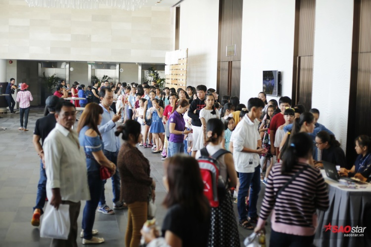 Rất nhiều thí sinh đăng kí tham dự.