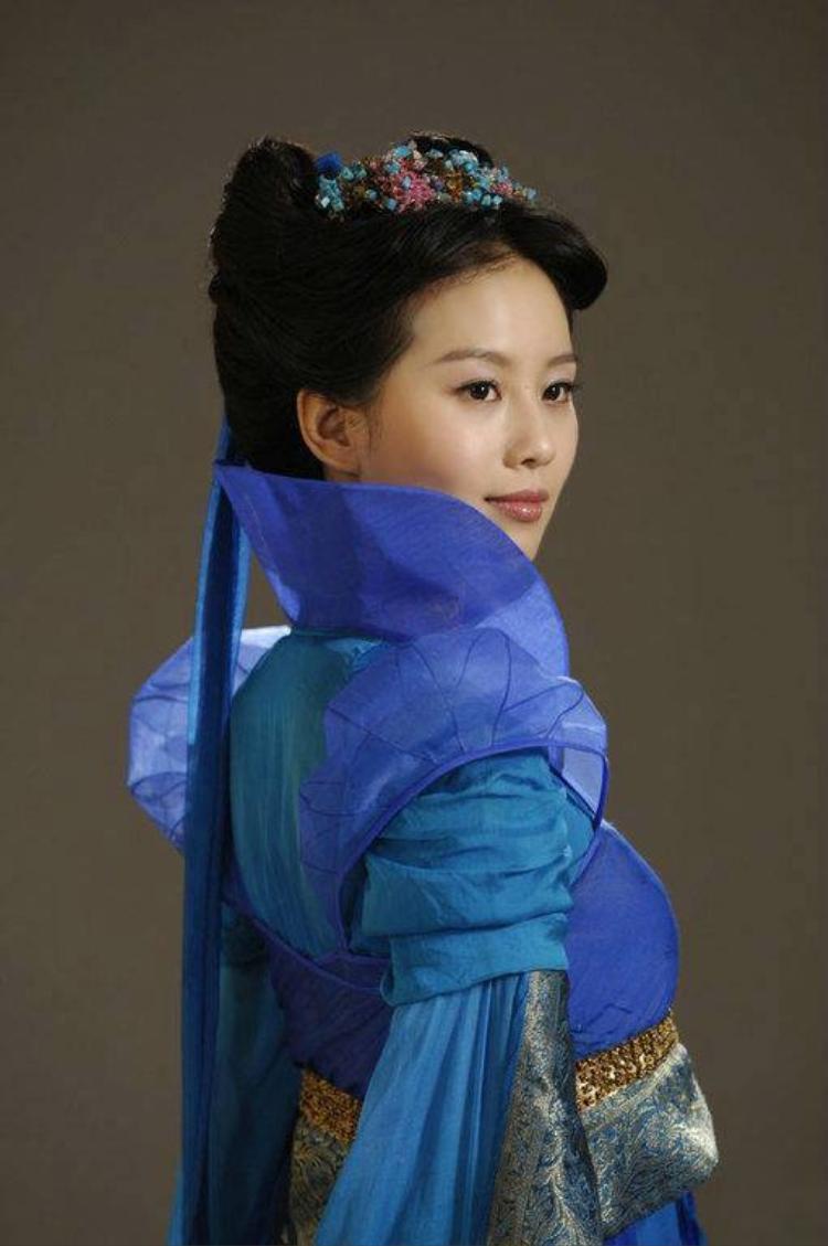"""Vẻ đẹp thuần khiết của Lưu Thi Thi trong """"Tiên Kiếm"""""""