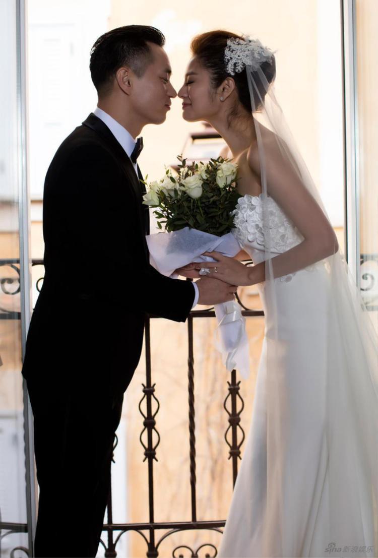 An Dĩ Hiên công bố kết hôn với đại gia bất động sản Macau