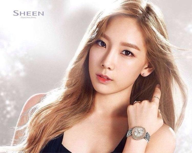 Trưởng nhóm của SNSD trong quảng cáo đồng hồ của SHEEN.