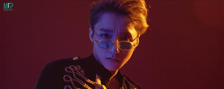 Cụ thể hơn, album sẽ tổng hợp 18 ca khúc được phát hành trong suốt sự nghiệp của nam ca sĩ, cùng một vài bài hát mà anh tâm đắc được làm mới lại nhằm tạo nên sự bất ngờ cho khán giả.