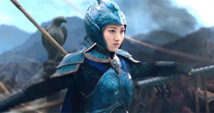 Vai diễn trong Trường Thành giúp cô đạt tượng vàng Cây Chổi Vàng cho Nữ diễn viên tệ nhất trong năm nay.