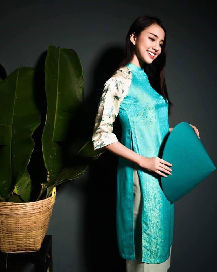 Nổi lên với vai trò diễn viên gần đây, tuy nhiên, Thiên Nga đã từng là một người mẫu ảnh, gương mặt quảng cáo nổi tiếng trước đó.