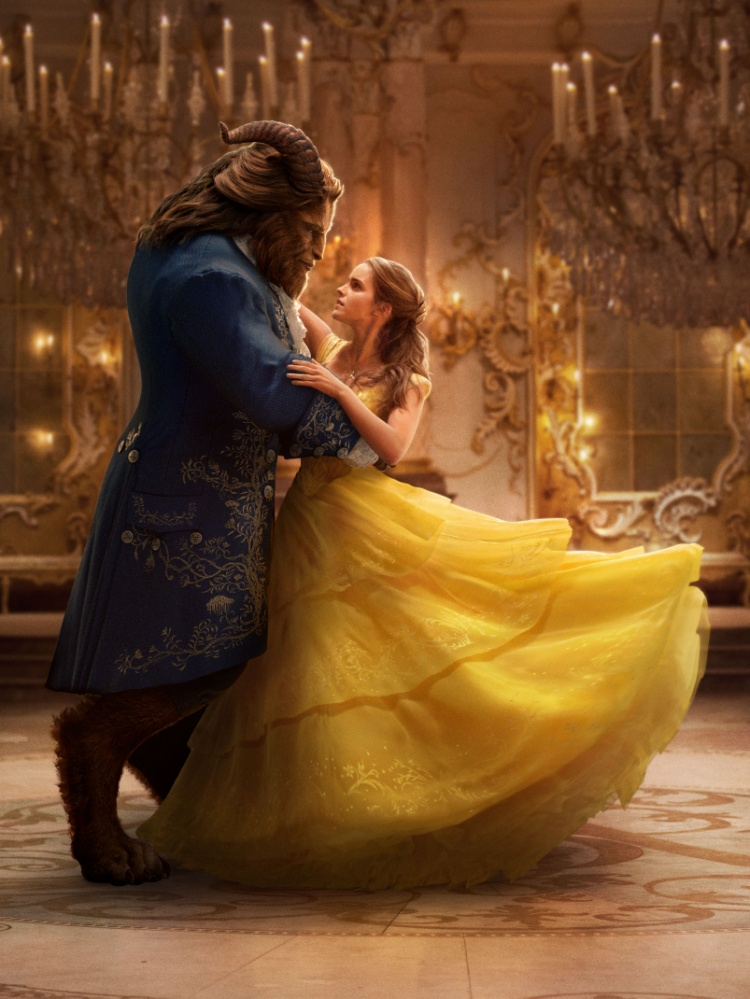 """Belle không đặt một """"bước tiến"""" chuyên môn nào cho Emma, đó chỉ là vai diễn làm đẹp thêm """"sự nghiệp"""" xã hội lộng lẫy của cô ngoài đời thật."""