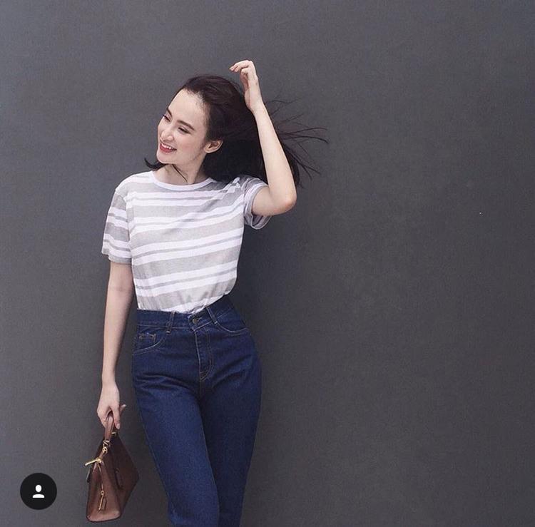 Style basic của nữ diễn viên Taxi Em Tên Gì hợp thời lại đúng xu hướng thời trang.