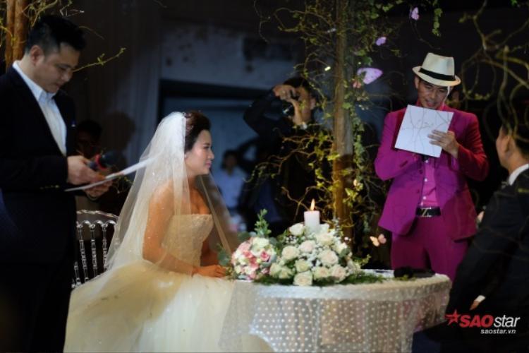 Hợp đồng hôn nhân có rất nhiều điều khoản khiến mọi người không nhịn được cười.