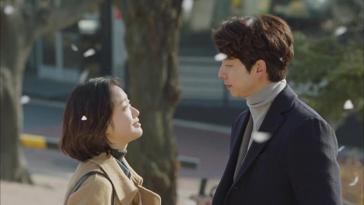 Kim Shin quay trở về và gặp Eun Tak đã trưởng thành
