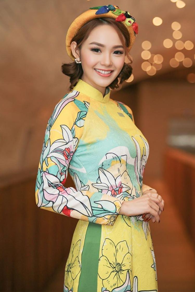 Bầu bĩnh hay thon dài: Sao Việt đẹp nhất với khuôn mặt nào?