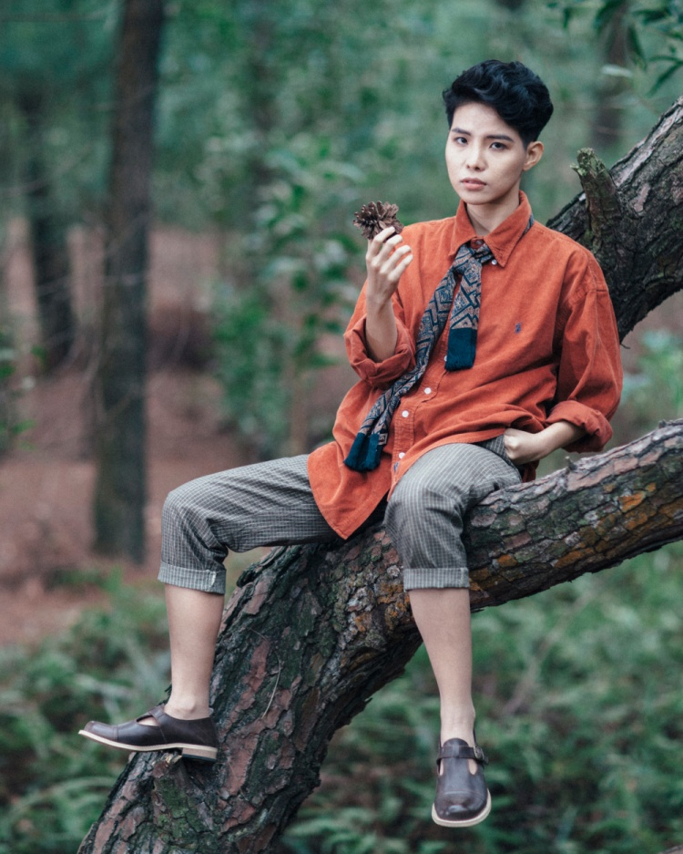 Ca khúc Vũ Cát Tường viết lấy cảm hứng dựa trên tâm lý của Văn Thư và Việt An - 2 cô cậu bé thanh thiếu niên gặp lại nhau và chớm nở 1 tình yêu.