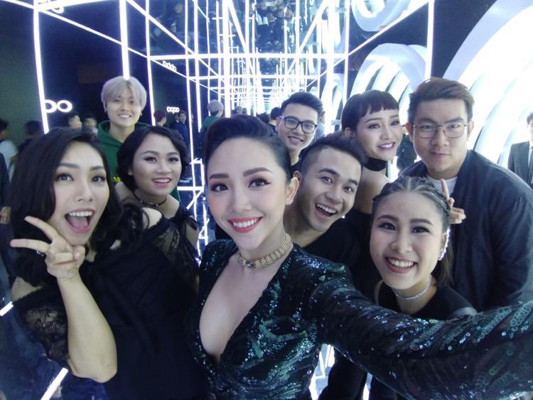 Noo Phước Thịnh, Tóc Tiên dẫn học trò The Voice đi dự sự kiện cùng Hồ Ngọc Hà