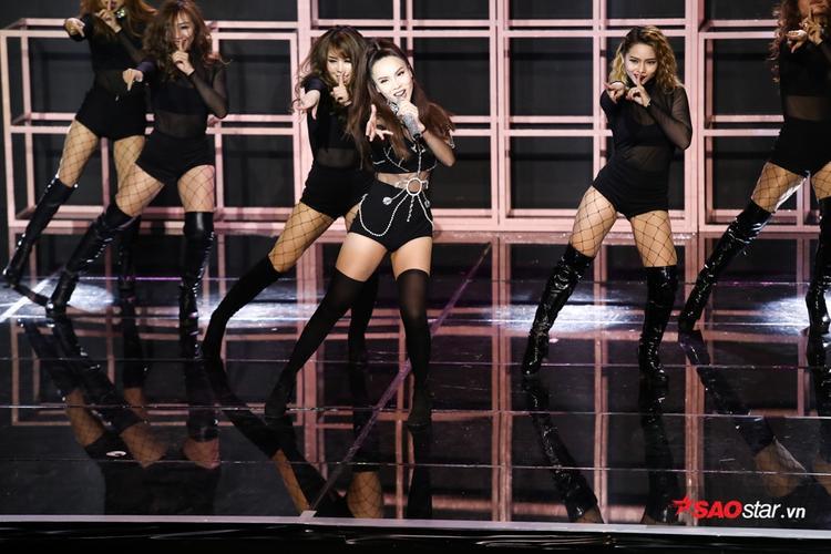 Yến Trang với màn vũ đạo quyến rũ trong Keep me in love.