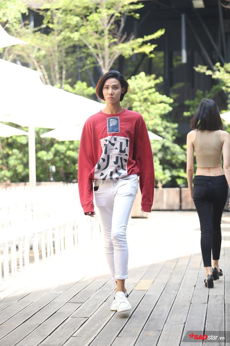 Lan Khuê đi chân đất, tái hợp trò cưng Kim Chi trong tổng duyệt Lâm Gia Khang show