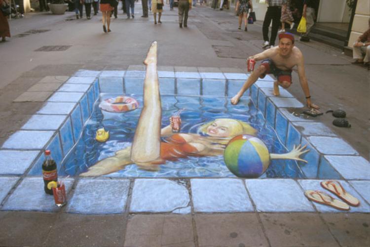 Có cả bể bơi giữa đường luôn này!