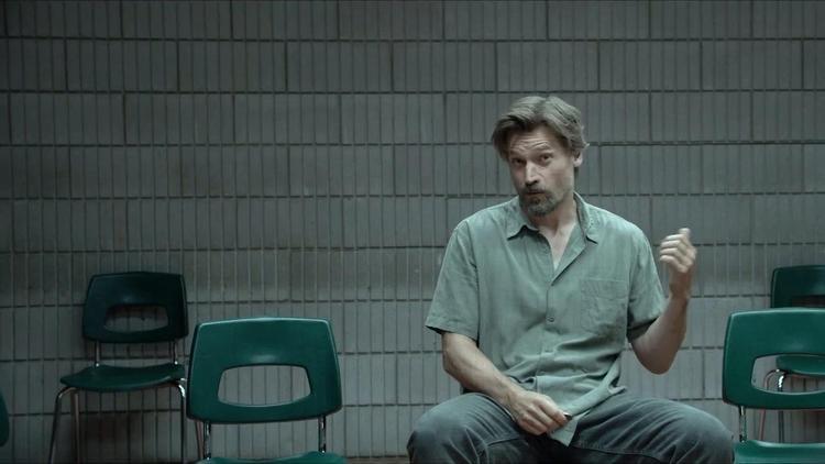 Nikolaj Coster-Waldau trong Small Crimes.
