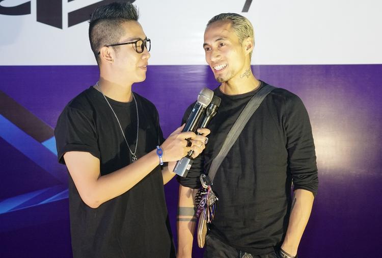 """Phạm Anh Khoa """"chất lừ"""" tại sự kiện."""